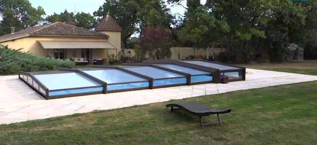 guide prix abri de piscine t lescopique guide prix. Black Bedroom Furniture Sets. Home Design Ideas